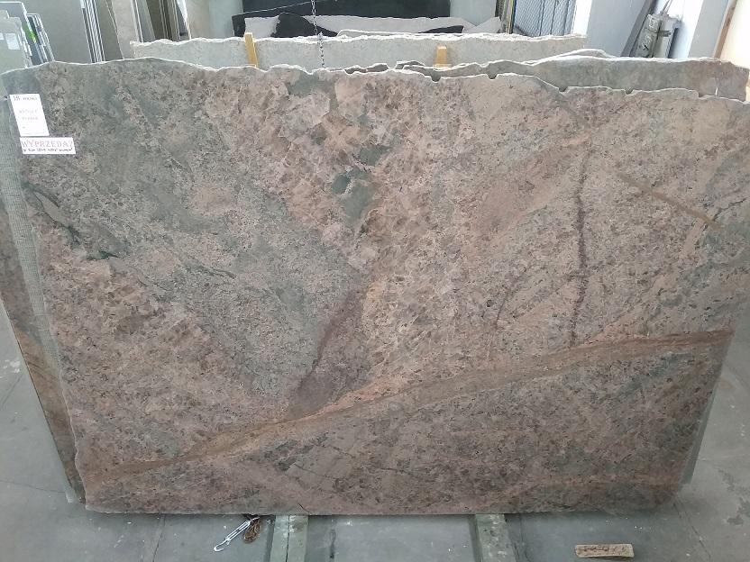 Płyty granitowe , marmurowe , konglomeraty kwarcytowe , płytki