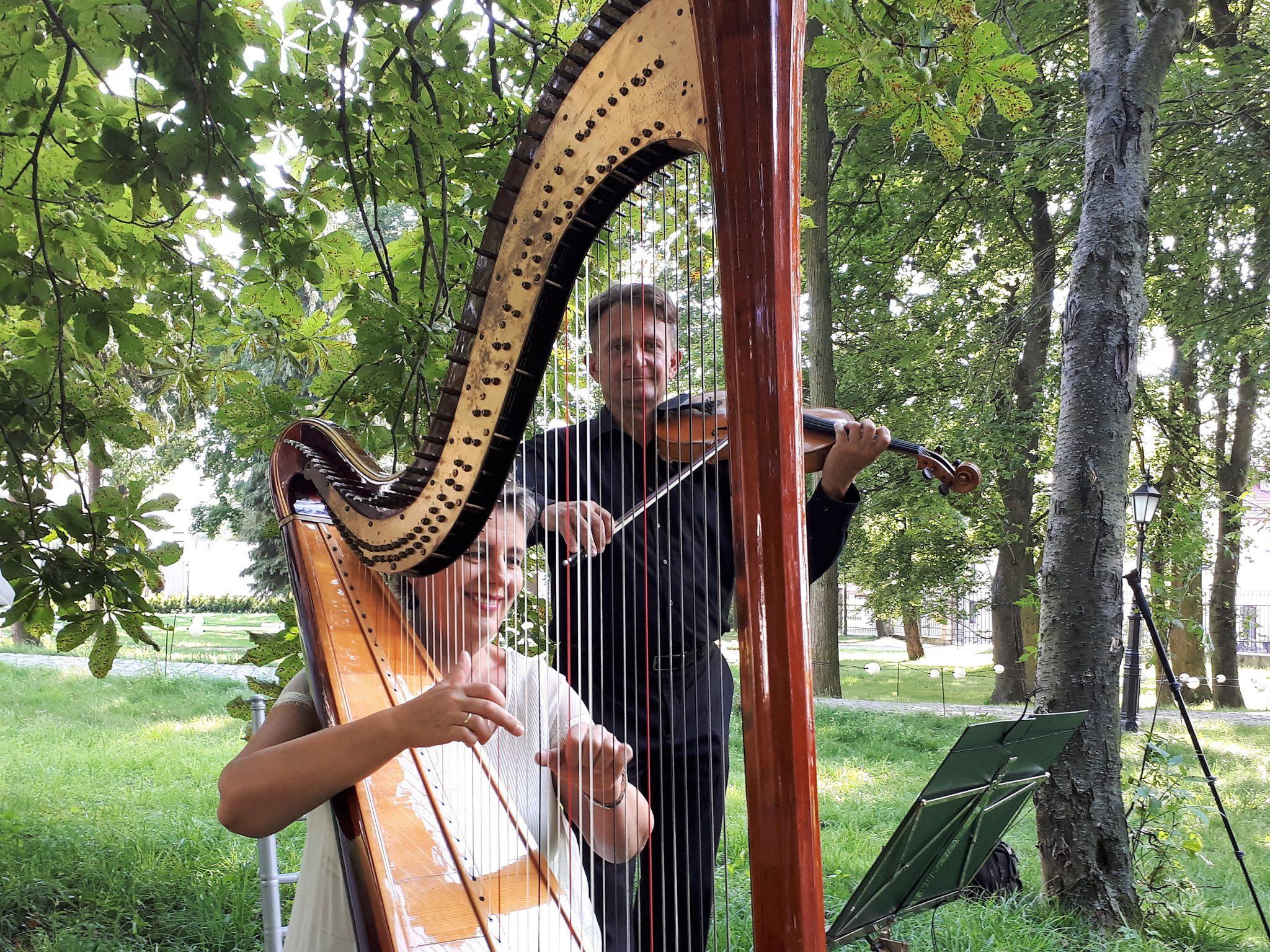 Muzycy na uroczyste pogrzeby-skrzypce,wokalistka,harfa,trąbka-Poznań,Kalisz,Leszno-wielkopolskie